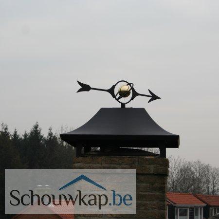 Getoogde schoorsteenkap met windwijzer wereldbol!